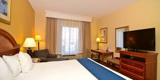 Comfort Suites Chattanooga Tn Holiday Inn Express U0026 Suites Chattanooga East Ridge Hotel By Ihg