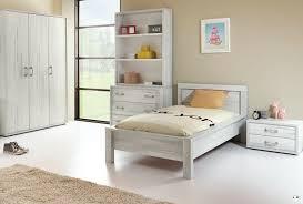 chambre en bois blanc maty bois blanc vieilli ensemble chambre ado lignemeuble com