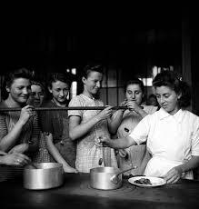 cours de cuisine etienne ecole d enseignement ménager pour jeunes filles pictures getty images