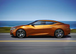 nissan maxima normal vs sport nissan sport sedan concept rolls into detroit international auto