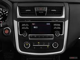 2007 Nissan Altima 2 5 S Interior Nissan Altima Prices Reviews And Pictures U S News U0026 World Report