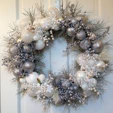 silver white christmas wreath winter holiday decoration glass