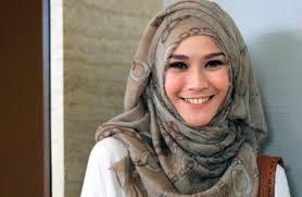 tutorial hijab paris zaskia tutorial hijab paris segi empat zaskia adya mecca terbaru 2015 youtube