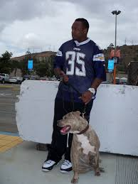 Mike Tyson Home by Chargers U0027 Fullback Mike Tolbert Helps Iams Home 4 The Holidays