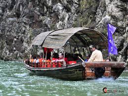Awning Boat Yangtze River Cruise Photo Yangtze River Photos Yangtze River