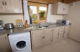 machine a laver dans la cuisine encombrement du lave linge ufc que choisir