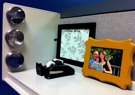 Cute Cubicle Decorating Ideas by Entrancing Cube Decor Best 20 Office Cubicle Decorations Ideas On