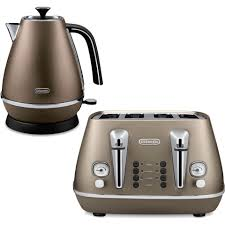 de u0027longhi distinta 4 slice toaster and kettle bundle bronze