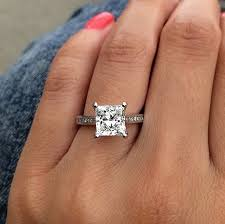 best diamond rings the 7 best diamond shapes for an engagement ring