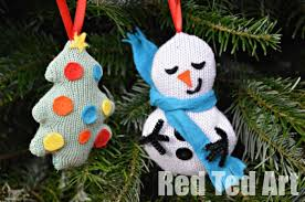 recycled ornaments tree snowman