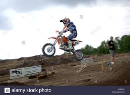extreme motocross racing motocross racing 8 year justin cooper races in the 7 8 year peewee