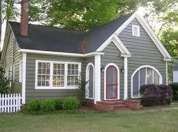 Best Paint Color For House Exterior - best 25 cottage exterior colors ideas on pinterest cabin