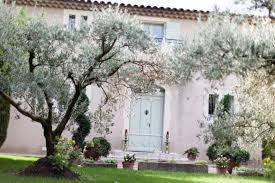 chambres d hotes st remy de provence chambres d hôtes dans une bastide provençale à rémy de