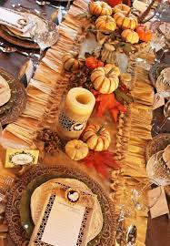 centerpiece for thanksgiving dinner table thanksgiving dining room table decorating ideas mariannemitchell me
