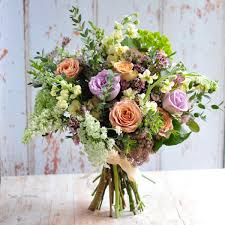 flowers for delivery flower bouquets delivered in reading berkshire green parlour
