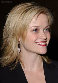 pictures of short layered hairstyles that flip out reese witherspoon sporting a choppy haircut with ends that flip out