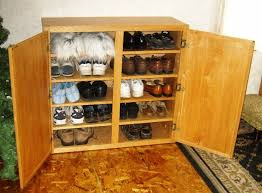 Storage Shelf Wood Plans by Free Shoe Rack Plans How To Make Wooden Shoe Racks For The
