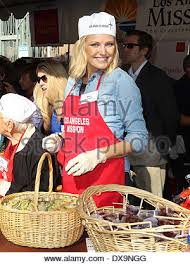 malin akerman at the los angeles mission s thanksgiving for skid