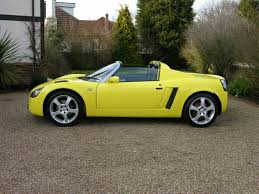 vauxhall yellow file vauxhall vx220 lightning yellow flickr the car spy 17