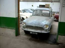 Vintage Cars Found In Barn In Portugal Old Cars Found In Barn Youtube