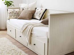 Banc Coffre Ikea Ikea Lit Gigogne Brimnes Adorable Ikea Daybed With 2 Drawer