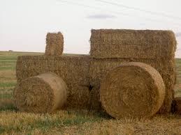 tracteur en bois photo du tracteur de paille pour le mariage demain forum agriculture