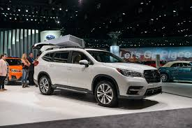 crossover cars new 2019 subaru ascent will climb family crossover mountain