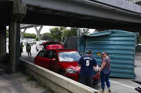 for second time in a week a truck has hit houston avenue bridge