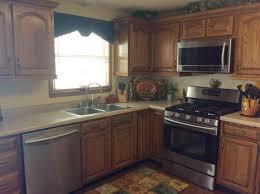 kitchen with honey oak cabinets honey oak kitchen cabinets