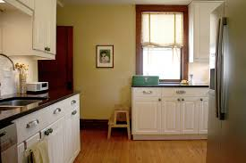Kitchen Yellow - kitchen colors to remind you of your grandma