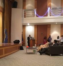 high commissioner visits sri lankan students at university of
