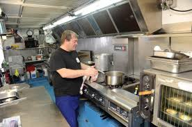 camion cuisine mobile venez comme vous êtes à la cant auch du circ 24 10 2012