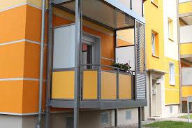 balkon sichtschutz aus glas balkon sichtschutz kunststoffplatten sichtschutz