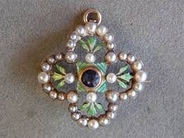 gold clover pendant necklace images 51 best seed pearl addiction images antique jewelry jpg