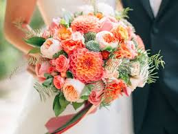 wedding flowers september wedding flower guide with season color and price details