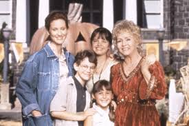 Full Cast Of Halloween 6 by Debbie Reynolds To Be Honored In U0027halloweentown U0027 This Year Page Six