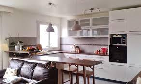 cuisine ouverte sur salon photos cuisine ouverte sur salon collection avec amenagement cuisine 20m2