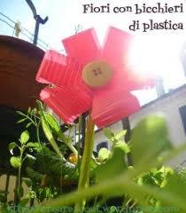 riciclare bicchieri di plastica ri usare i bicchieri usa e getta fiori