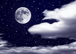 dreams about moon meaning