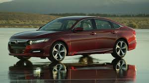 future honda accord 2018 honda accord wants to make sedans cool again video cetusnews