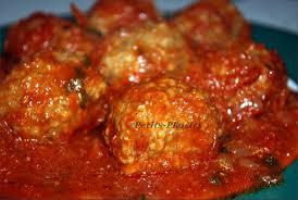 cuisiner des boulettes de boeuf boulette de viande à la sauce tomate la meilleure http