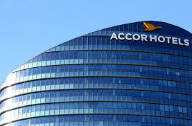 siege social accor accorhotels signe un partenariat avec waze