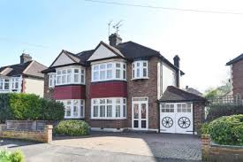 three bedroom houses for rent 3 bedroom houses to rent in chingford east london rightmove