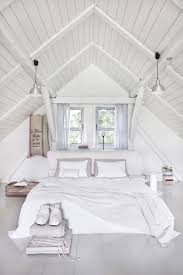 Bed Placement In Bedroom 50 Ideas For Placing A Bed In Front Of A Window