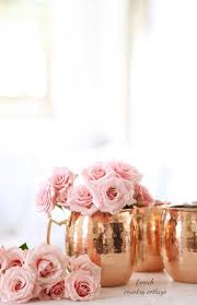 these rose gold mule mugs and some light pink roses make a perfect