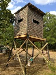 How To Build Hunting Blind Hi Rise Deer Blinds Anchors Or Elevators For Stability Against