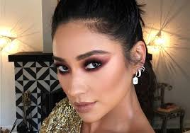 hair ring shay mitchell s choice awards 2016 hair is what topknot goals