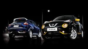obsidian blue color nissan juke n style adds new splashes of color on the city streets