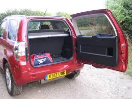 vitara jeep grand vitara 3 door 2 4 sz4 road test and review