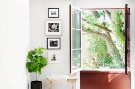 five easy ways to design a gallery wall